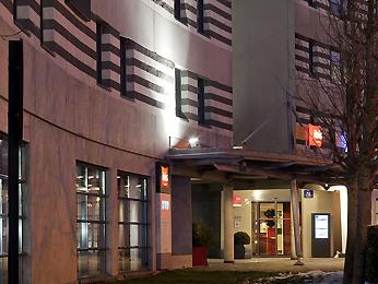Ibis Coquelles Hotel