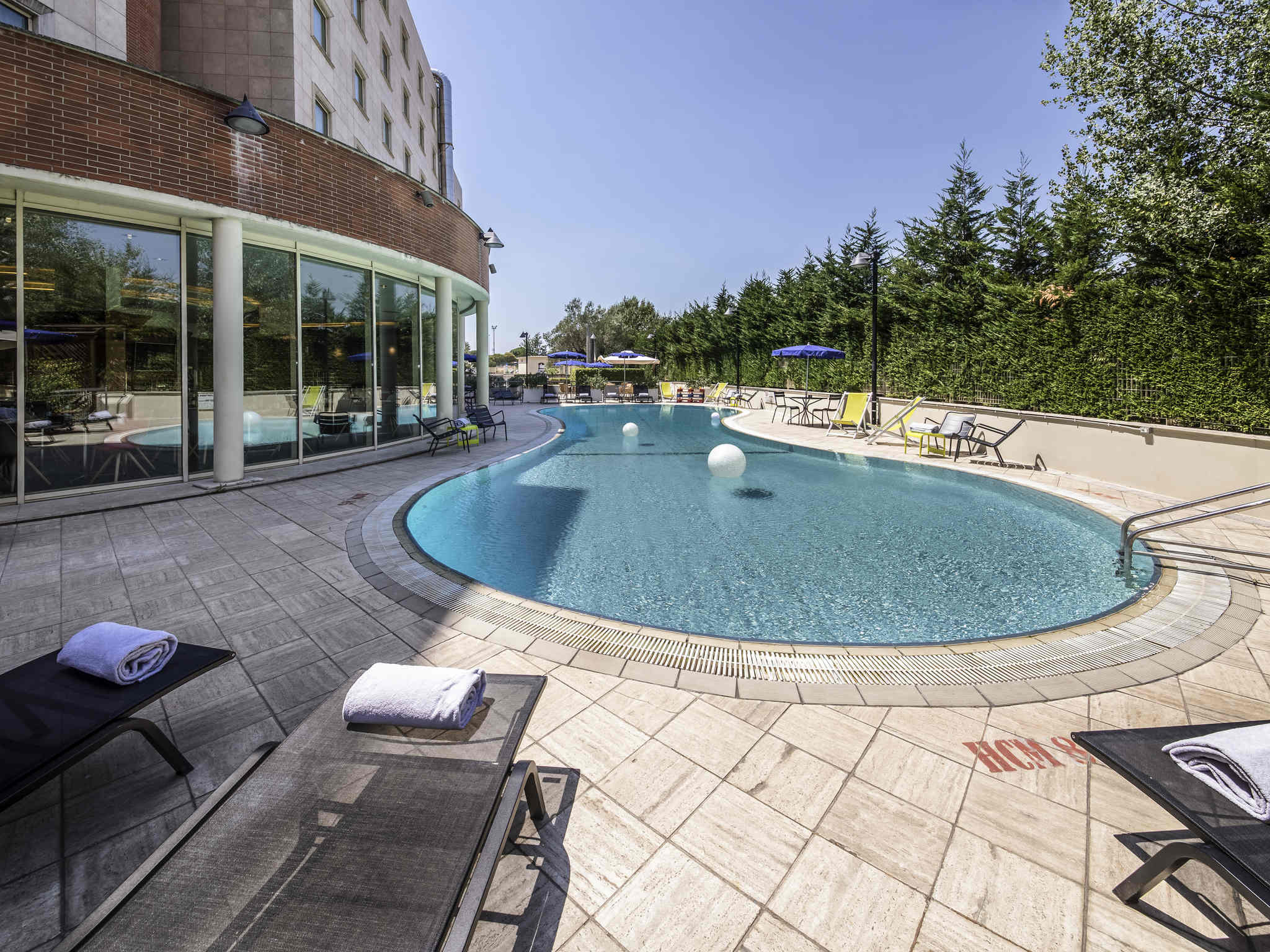 Hotel – Novotel Roma Est