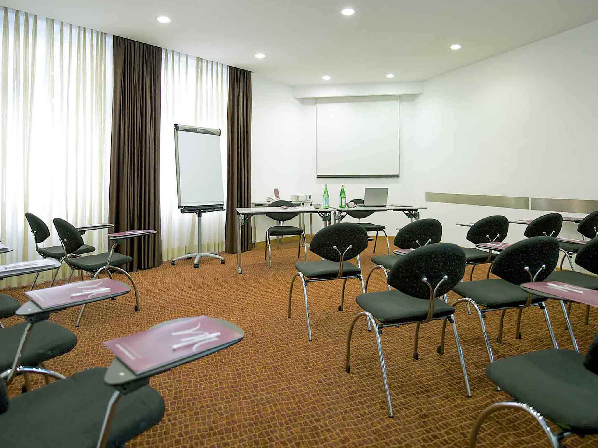 a3ed462e2c ... Meetings and events - Mercure Rome Piazza Bologna ...