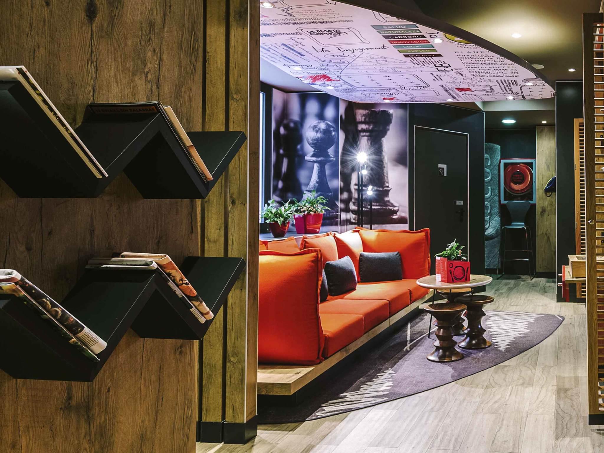 โรงแรม – ibis Madrid Centro