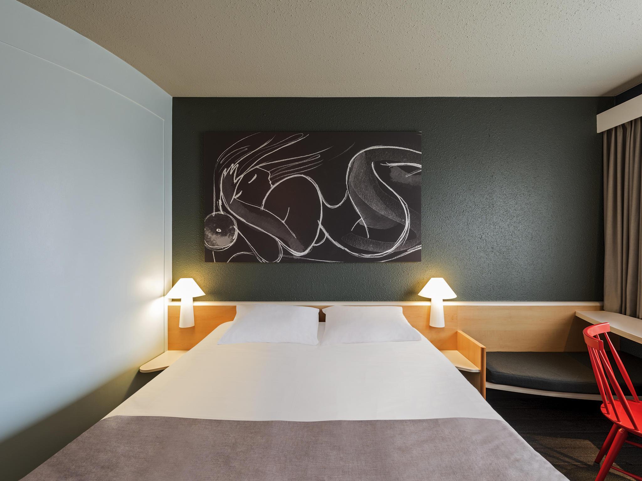 Hotel in Berlin - ibis Hotel Berlin Spandau buchen