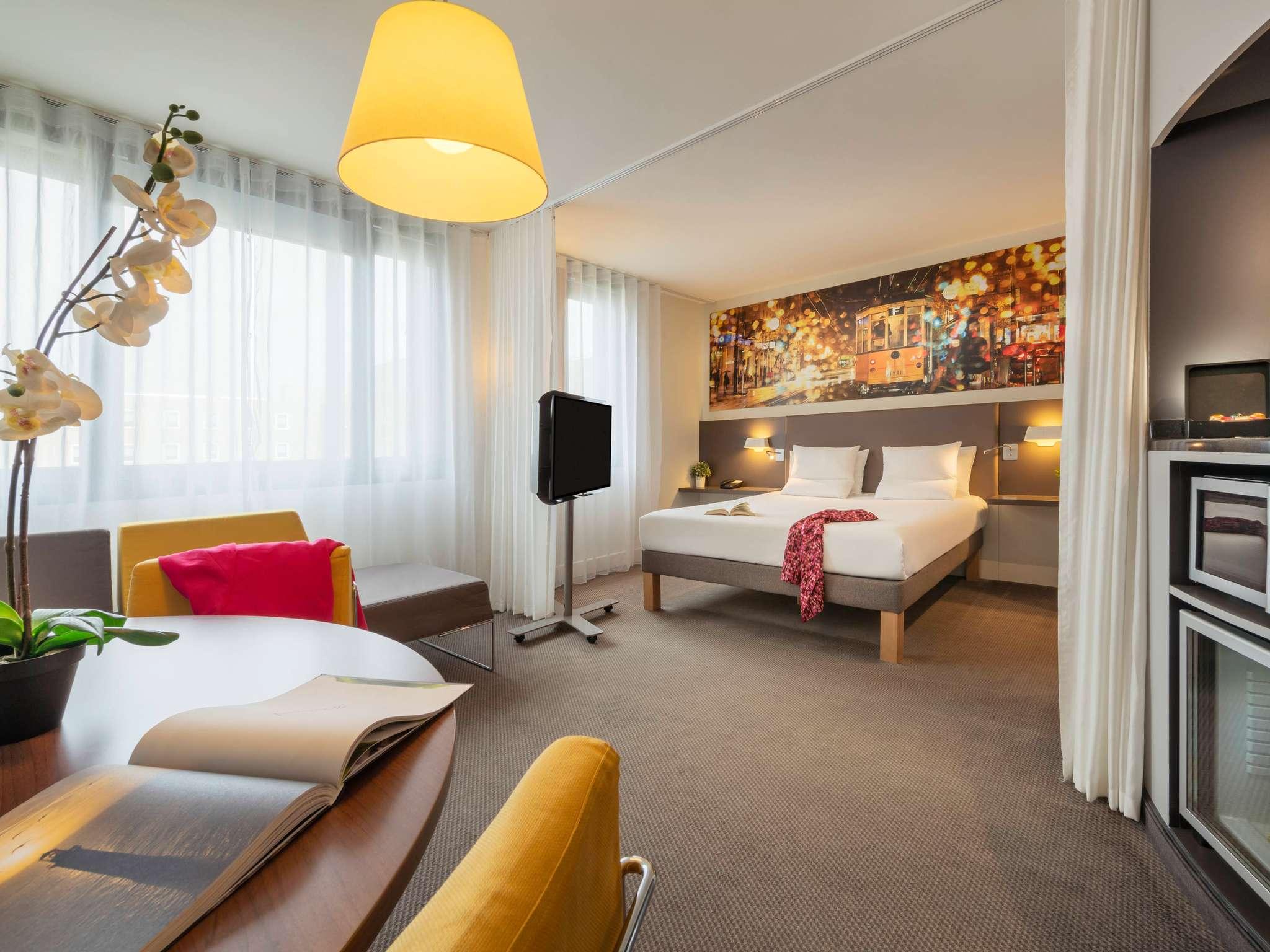 Отель — Novotel Suites Париж CDG Аэропорт Вильпан