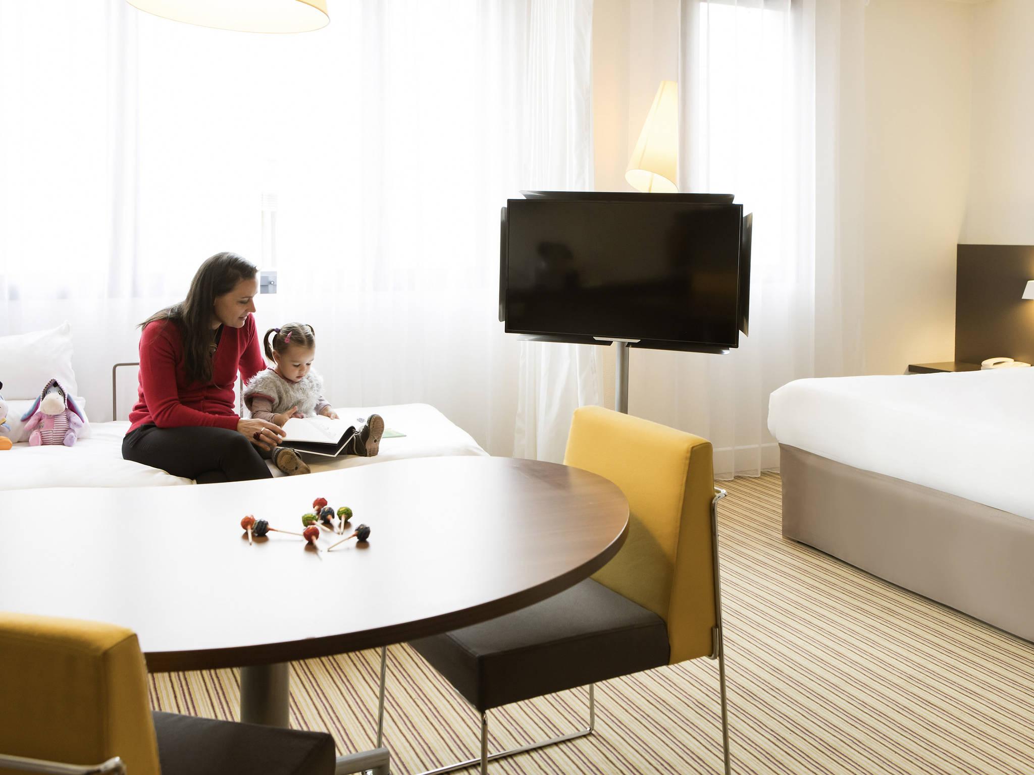 ... Rooms   Novotel Suites Paris Rueil Malmaison ...