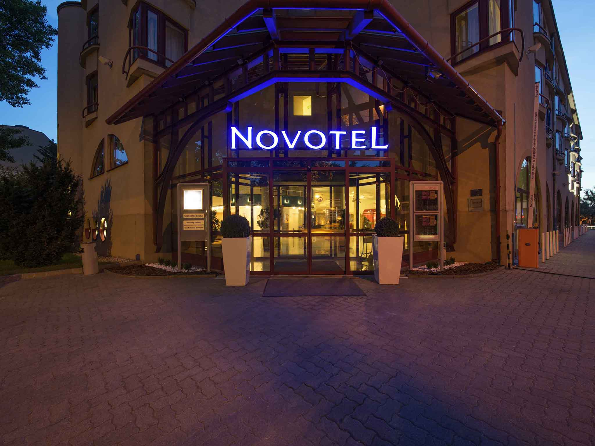 Hôtel - Novotel Szekesfehervar
