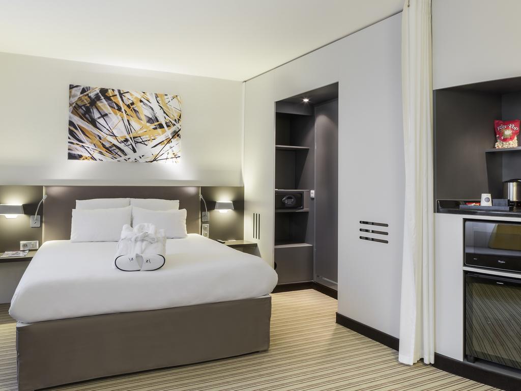 Hotel in roissy en france novotel suites paris roissy cdg for Aggiunte alle suite modulari