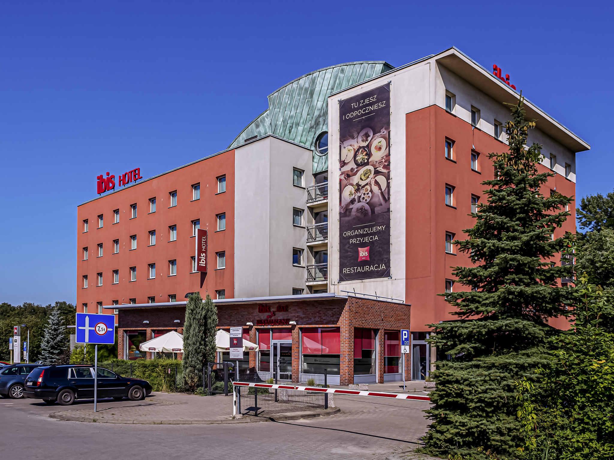 Отель — ibis Катовиче Забже