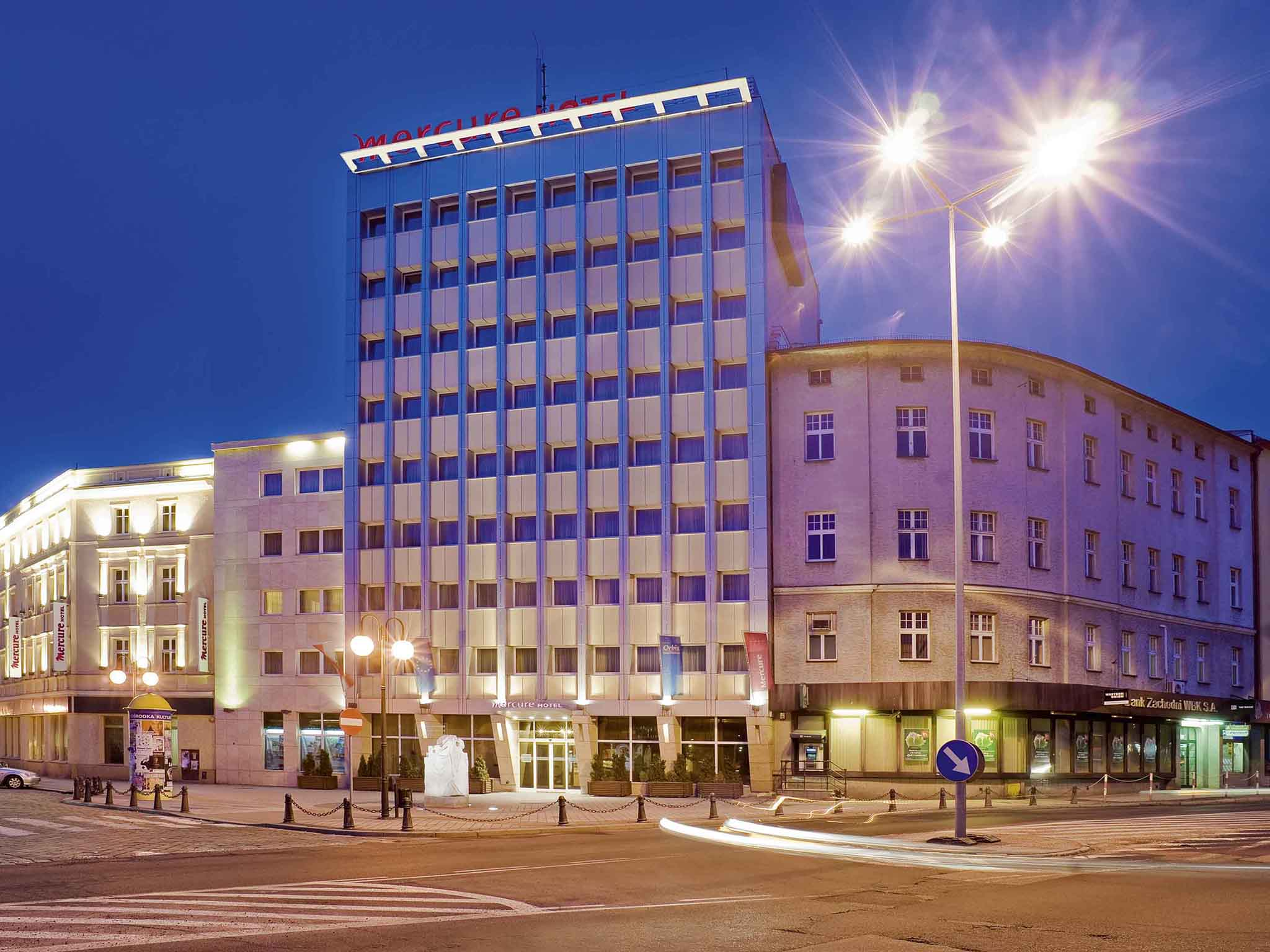ホテル – Hotel Mercure Opole