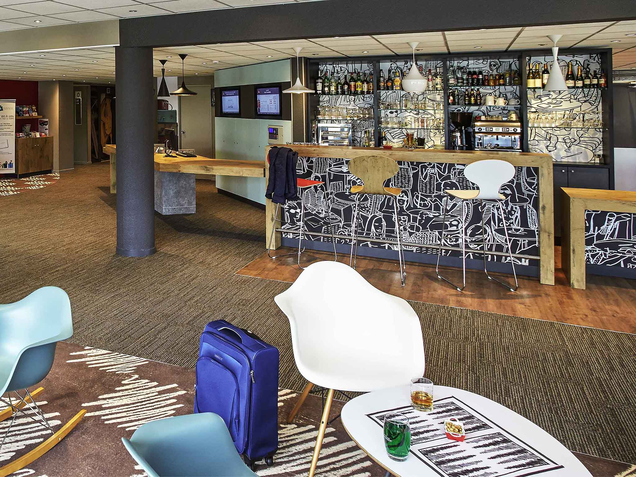 hotel in auray ibis auray