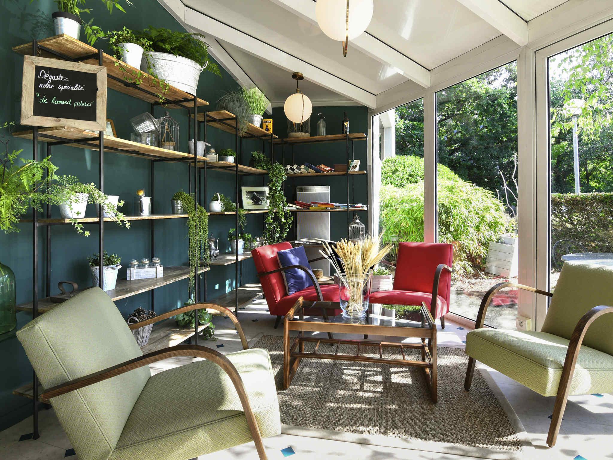 Hotell – ibis Nantes Saint-Herblain