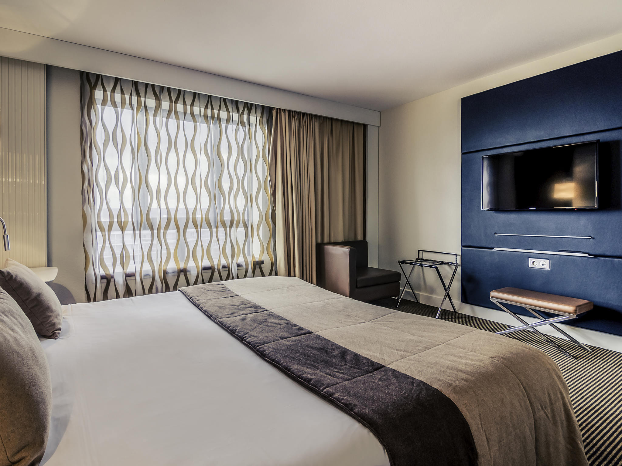 酒店 – 塞尔吉蓬图瓦兹中心美居酒店