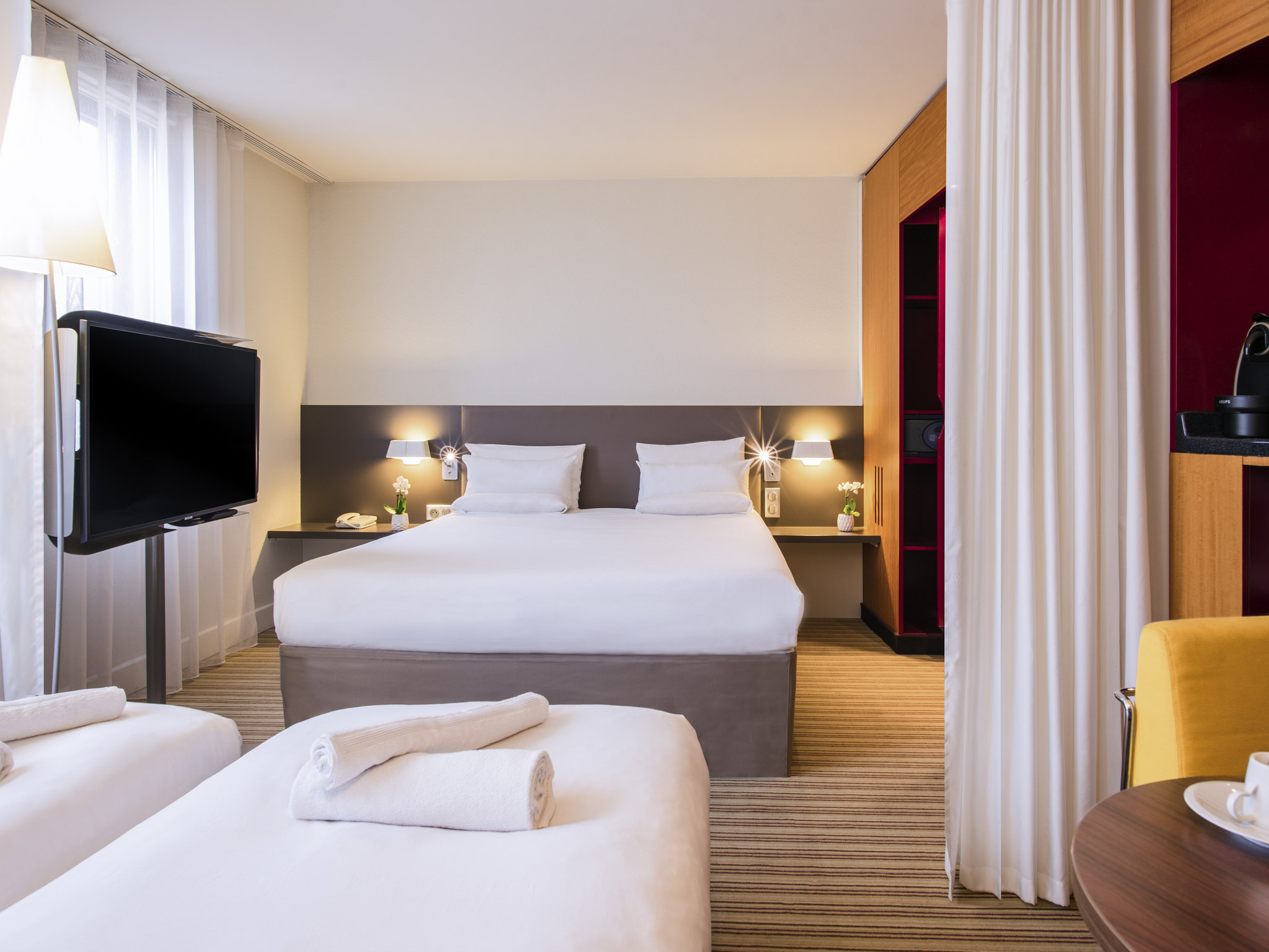 โรงแรม – Novotel Suites Cannes Centre
