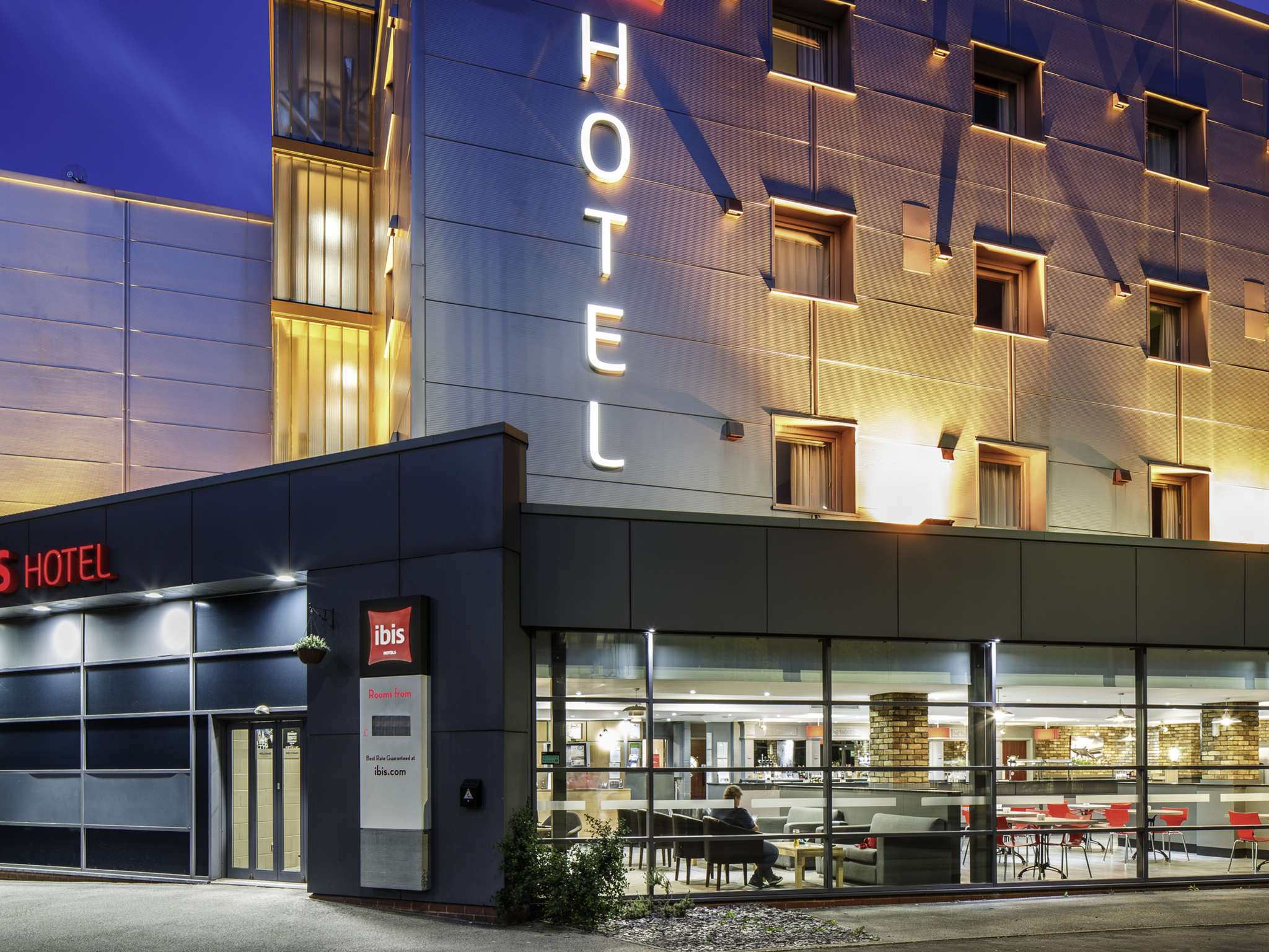 Отель — ibis Hull City Centre