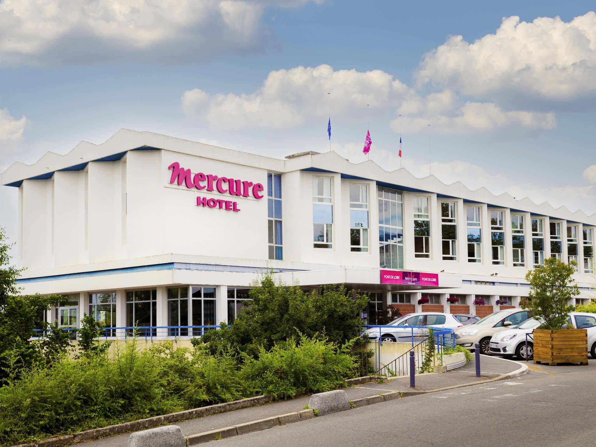 Отель — Hôtel Mercure Nevers Pont de Loire