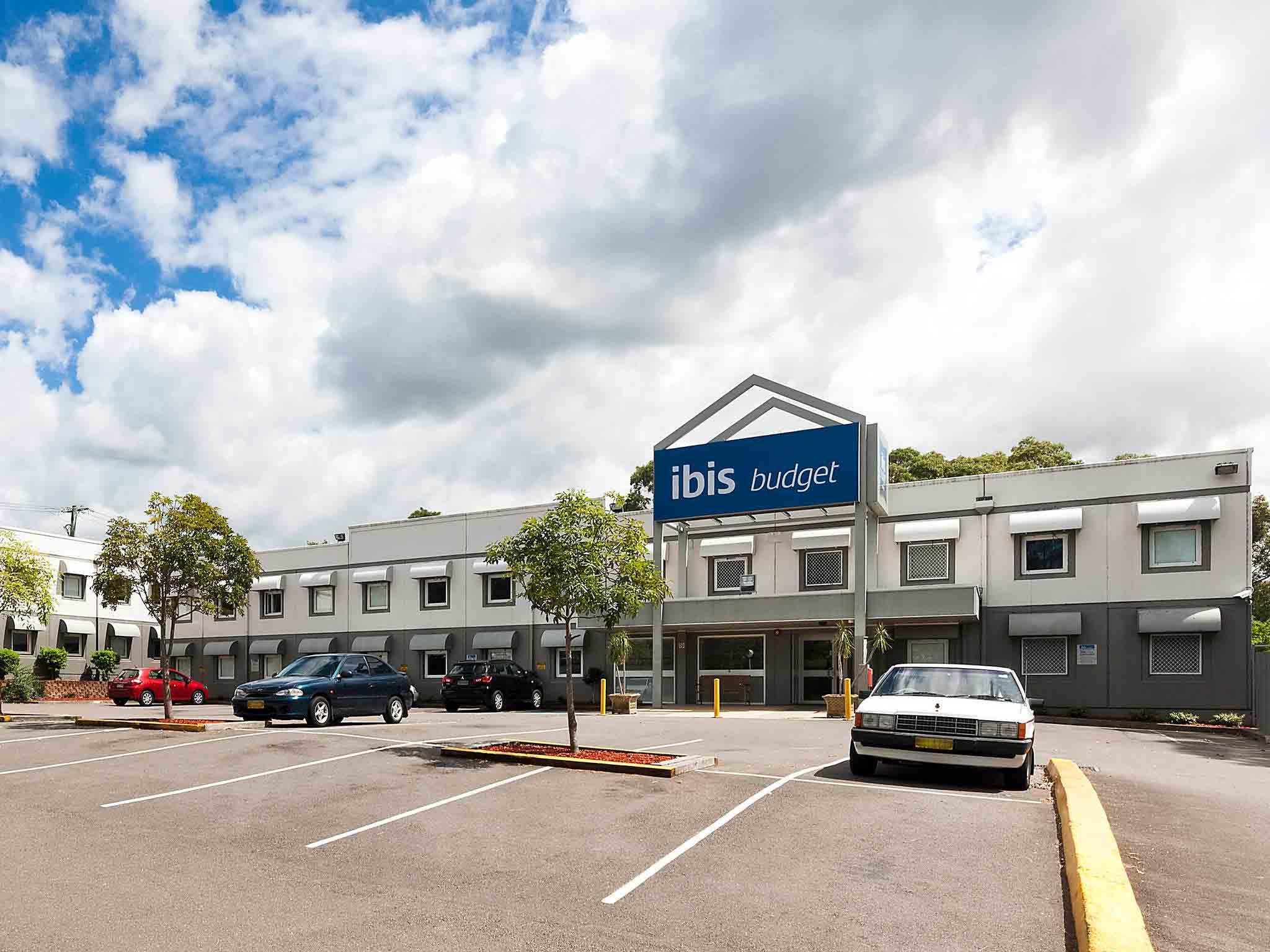 Отель — ibis budget Newcastle