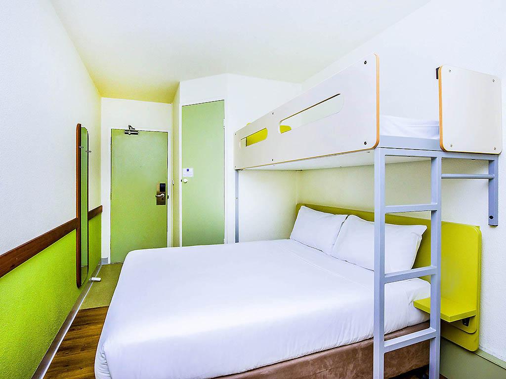 hotel in watson ibis budget canberra. Black Bedroom Furniture Sets. Home Design Ideas