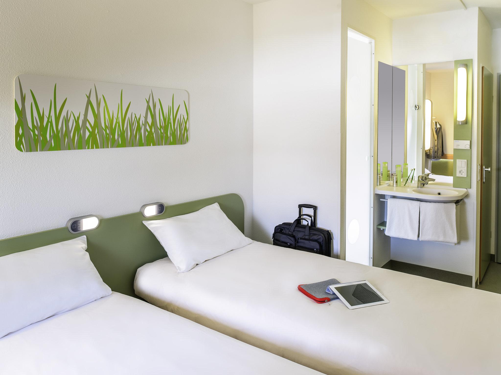 Hotel In Bretteville Sur Odon