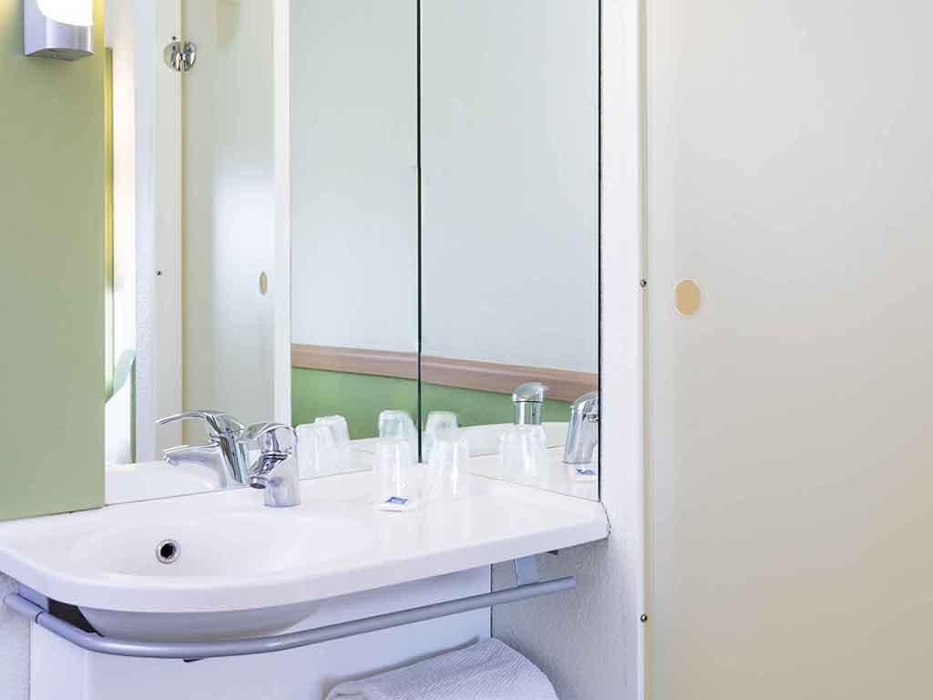 Cheap hotel ROISSY CHARLES DE GAULLE - ibis budget Roissy ... - photo#36