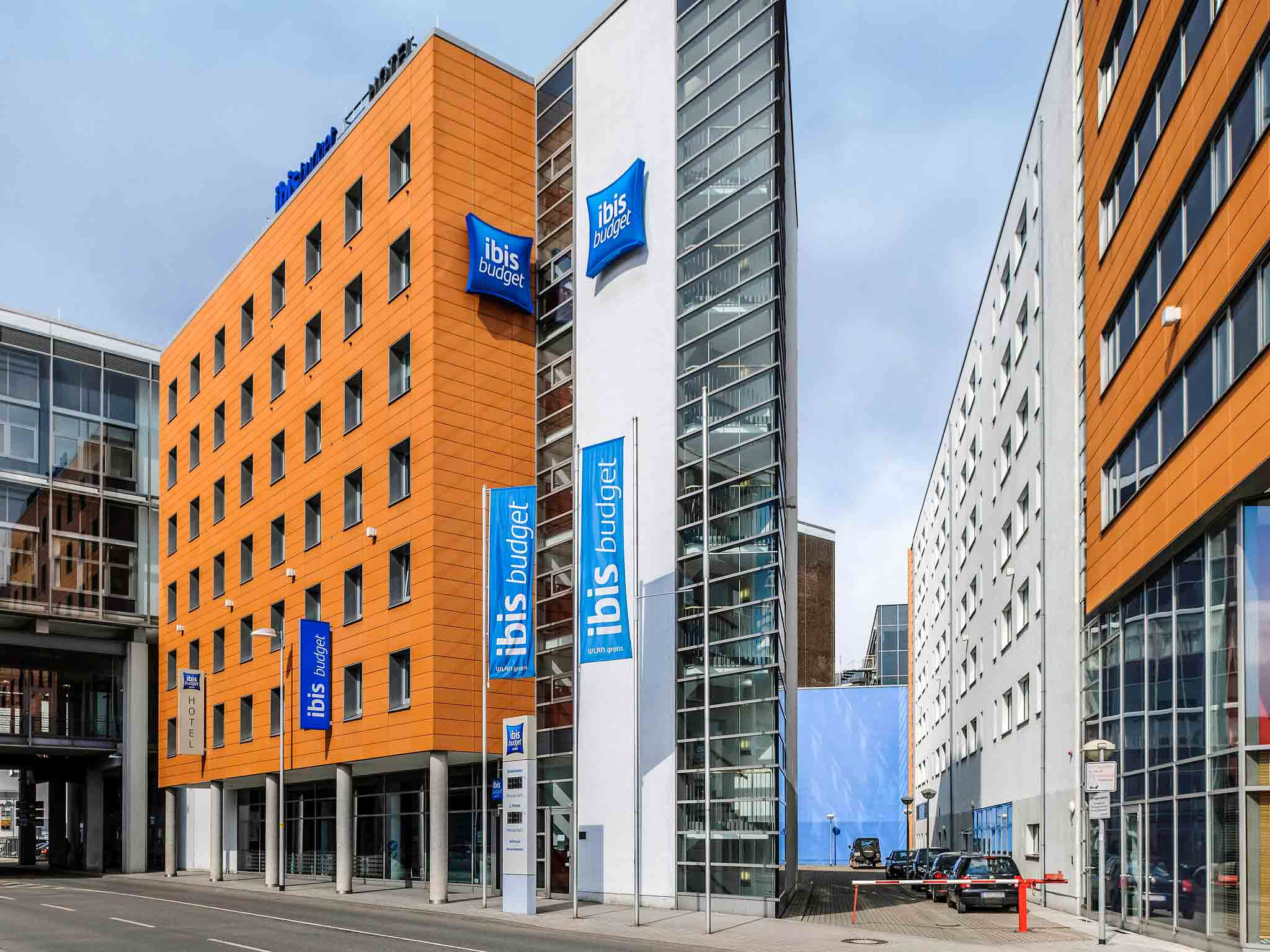Hotel in hannover ibis budget hannover hauptbahnhof for Hotel hannover