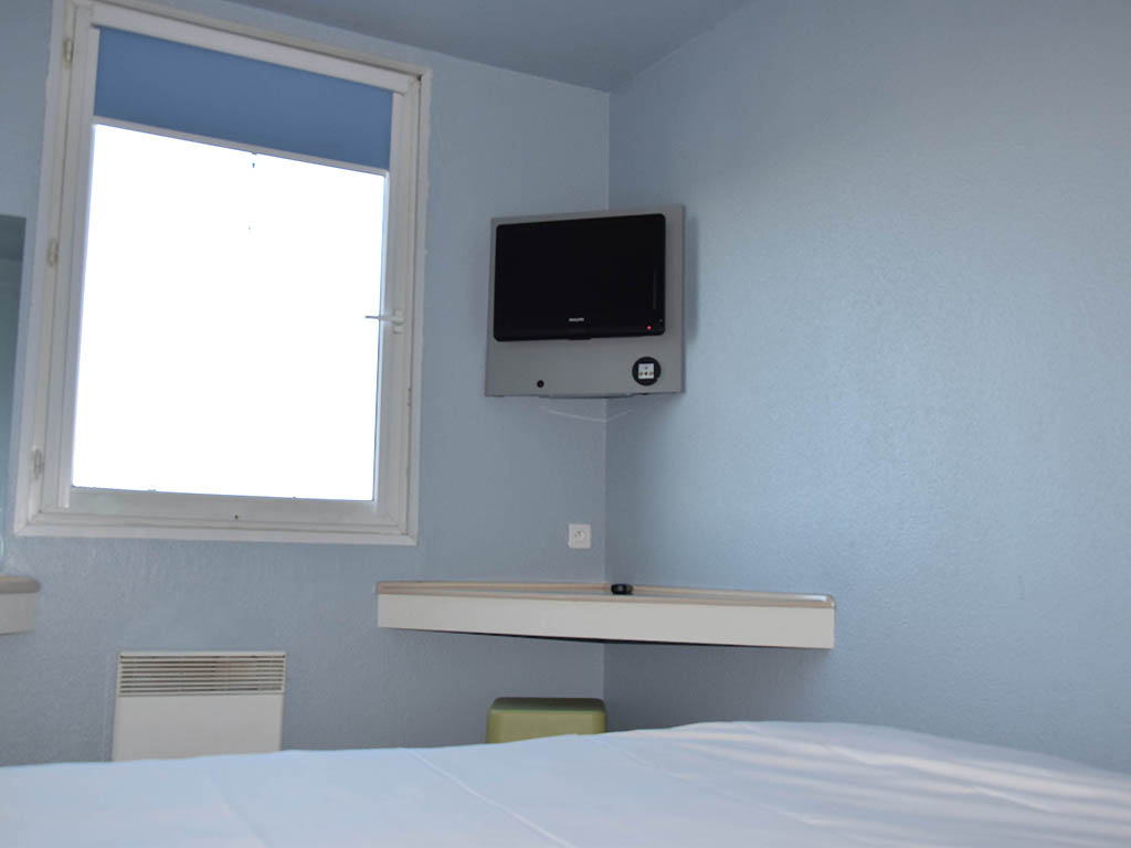 hotel in villeneuve le roi ibis budget villeneuve le roi. Black Bedroom Furniture Sets. Home Design Ideas