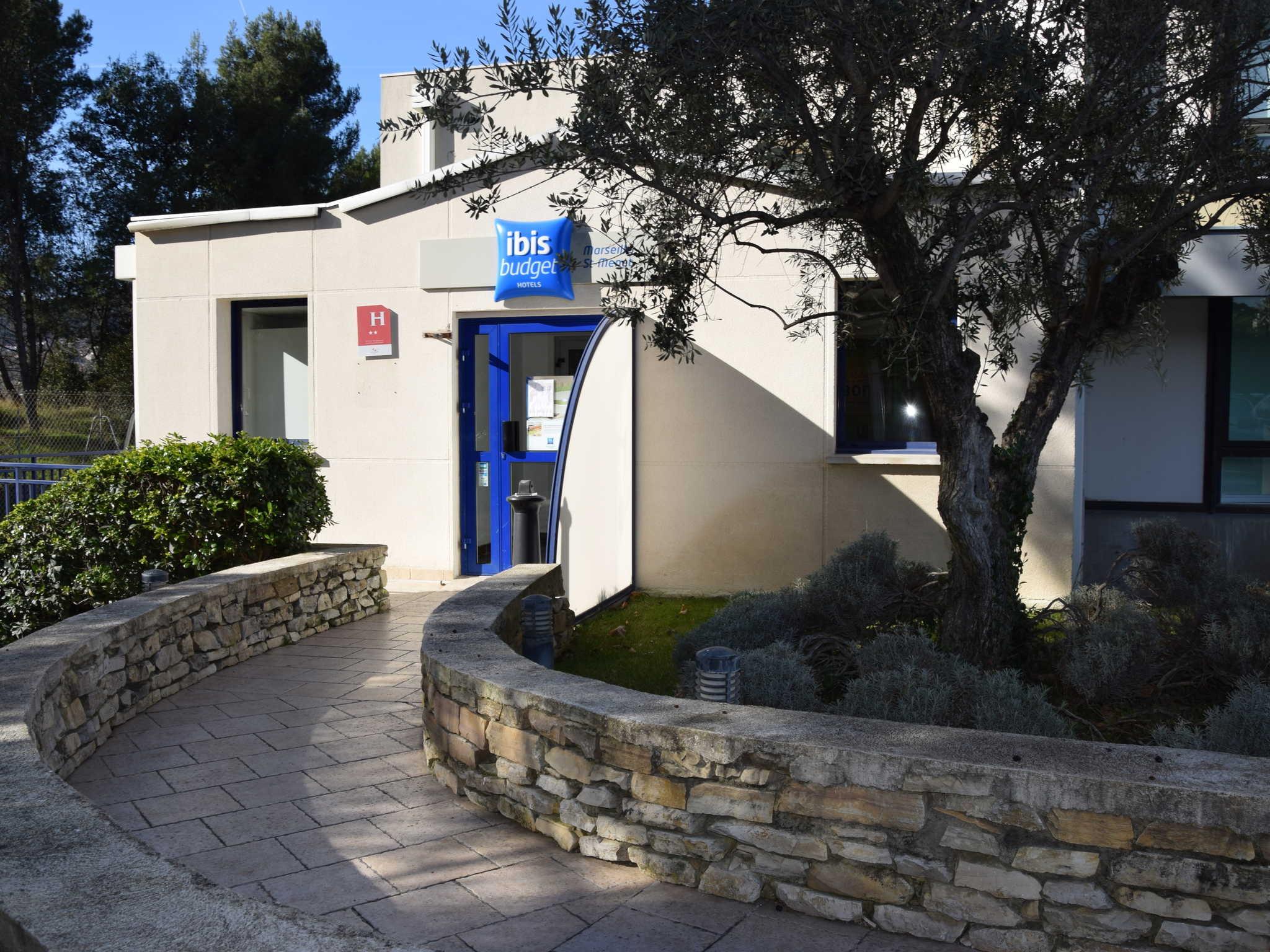 Otel – ibis budget Marseille Est Saint-Menet