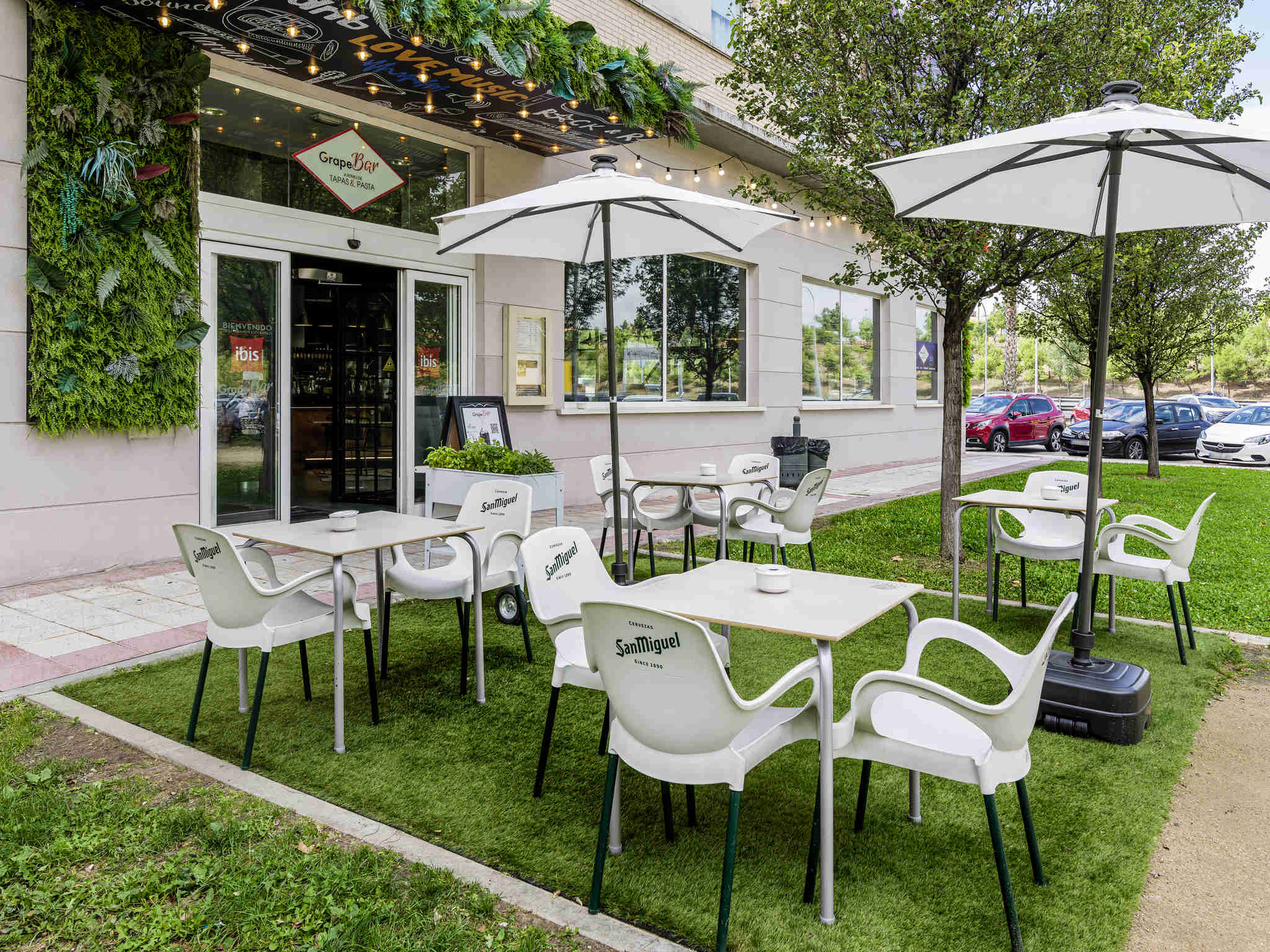 Economic hotel in madrid getafe book your ibis hotel - Hoteles cerca casa campo madrid ...