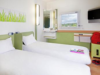 hotel pas cher toulouse ibis budget toulouse cit de l 39 espace 2. Black Bedroom Furniture Sets. Home Design Ideas