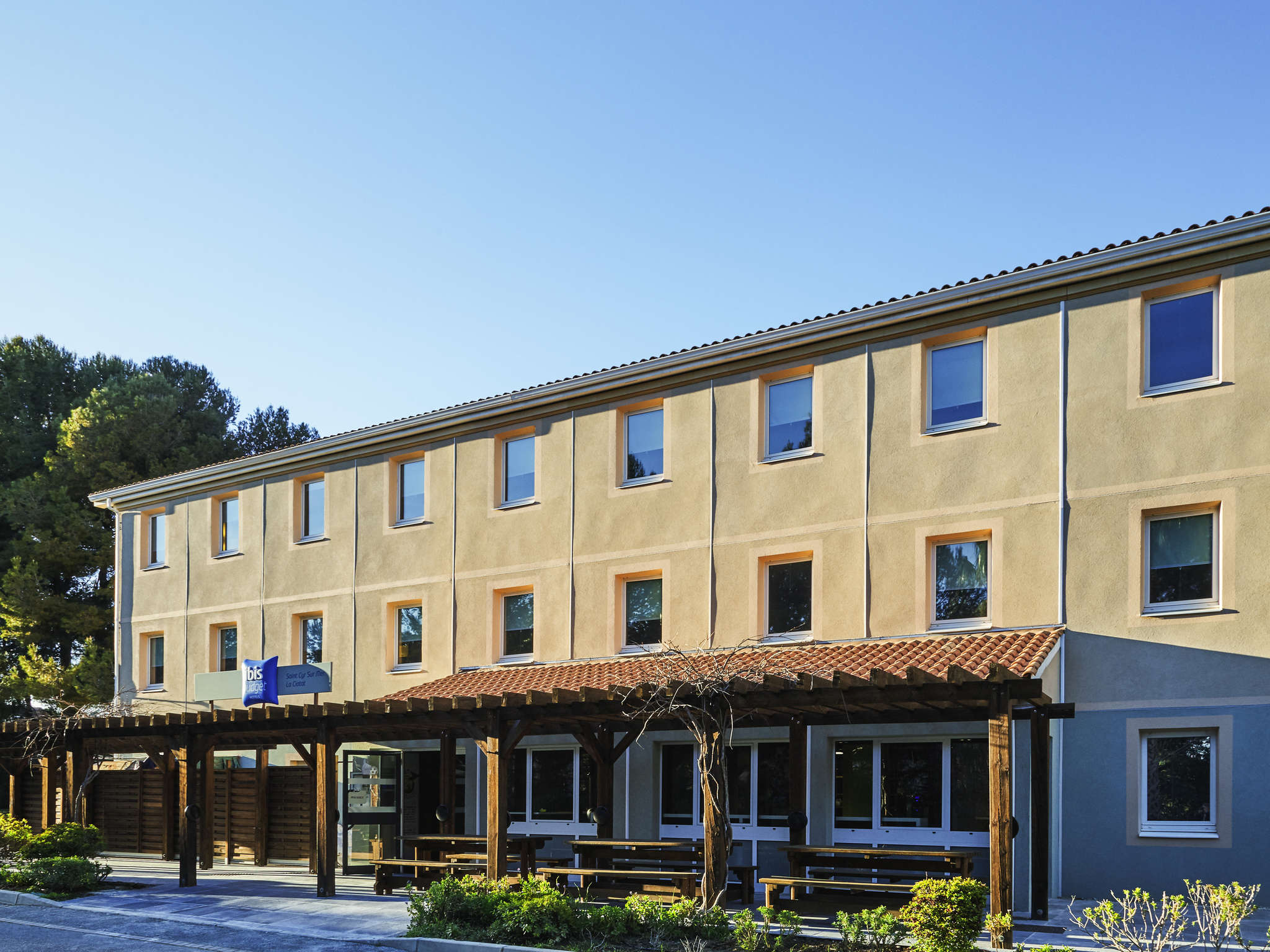 호텔 – ibis budget Saint-Cyr-sur-Mer La Ciotat