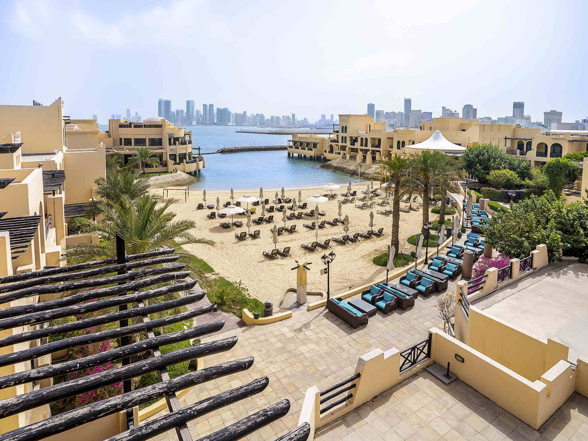 Hotel - Novotel Bahrain Al Dana Resort