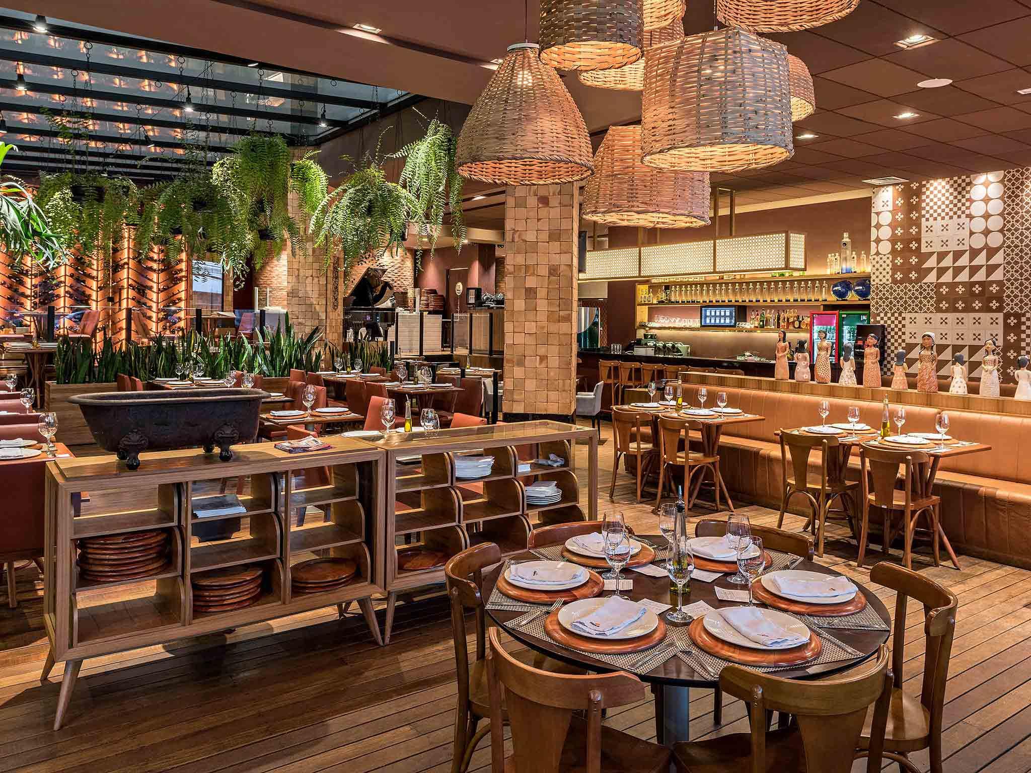 293235356c3 ... Restaurante - Mercure Belo Horizonte Vila da Serra Hotel ...