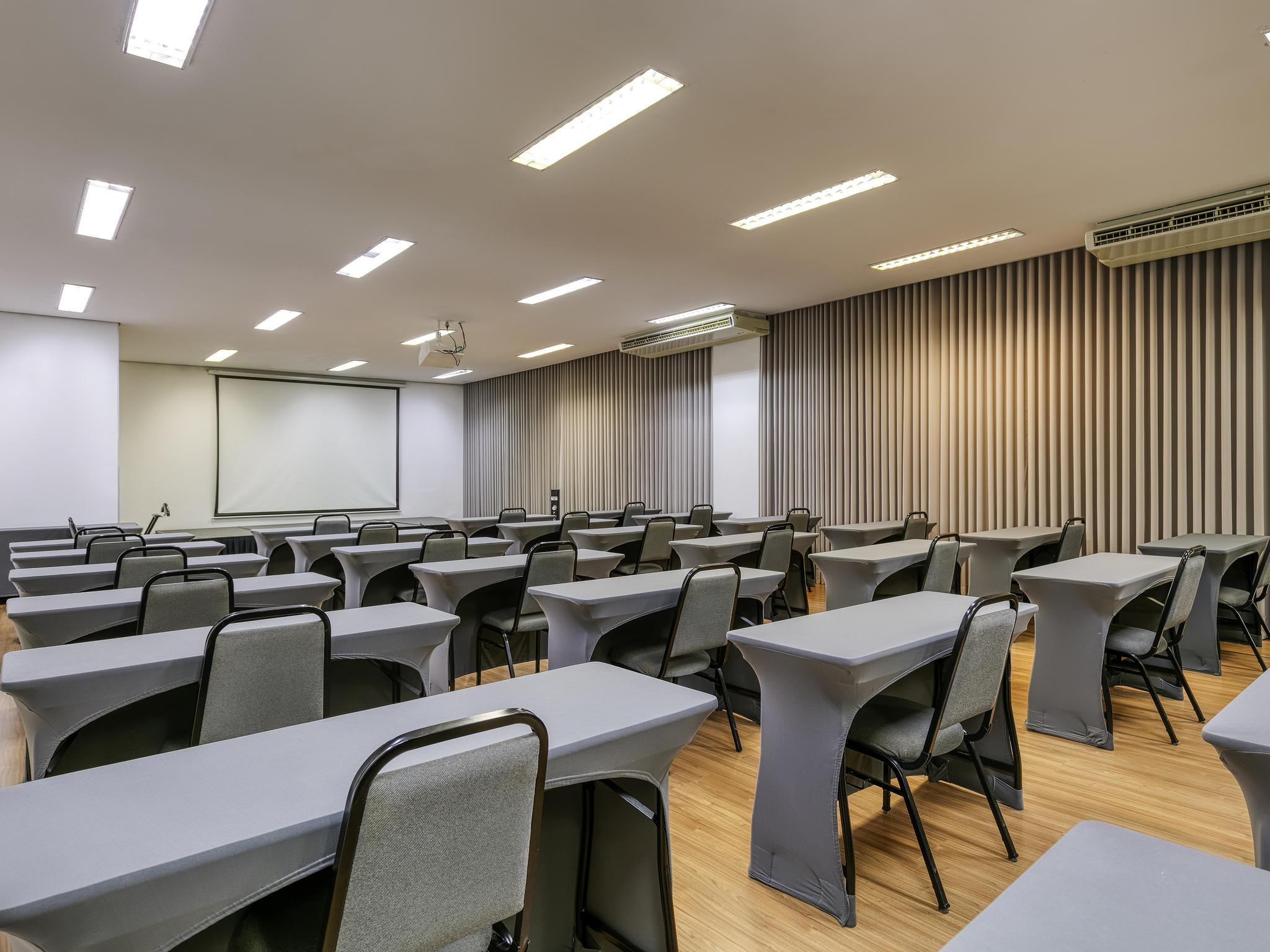 1c14015063f ... Reuniões e eventos - Mercure Belo Horizonte Vila da Serra Hotel ...