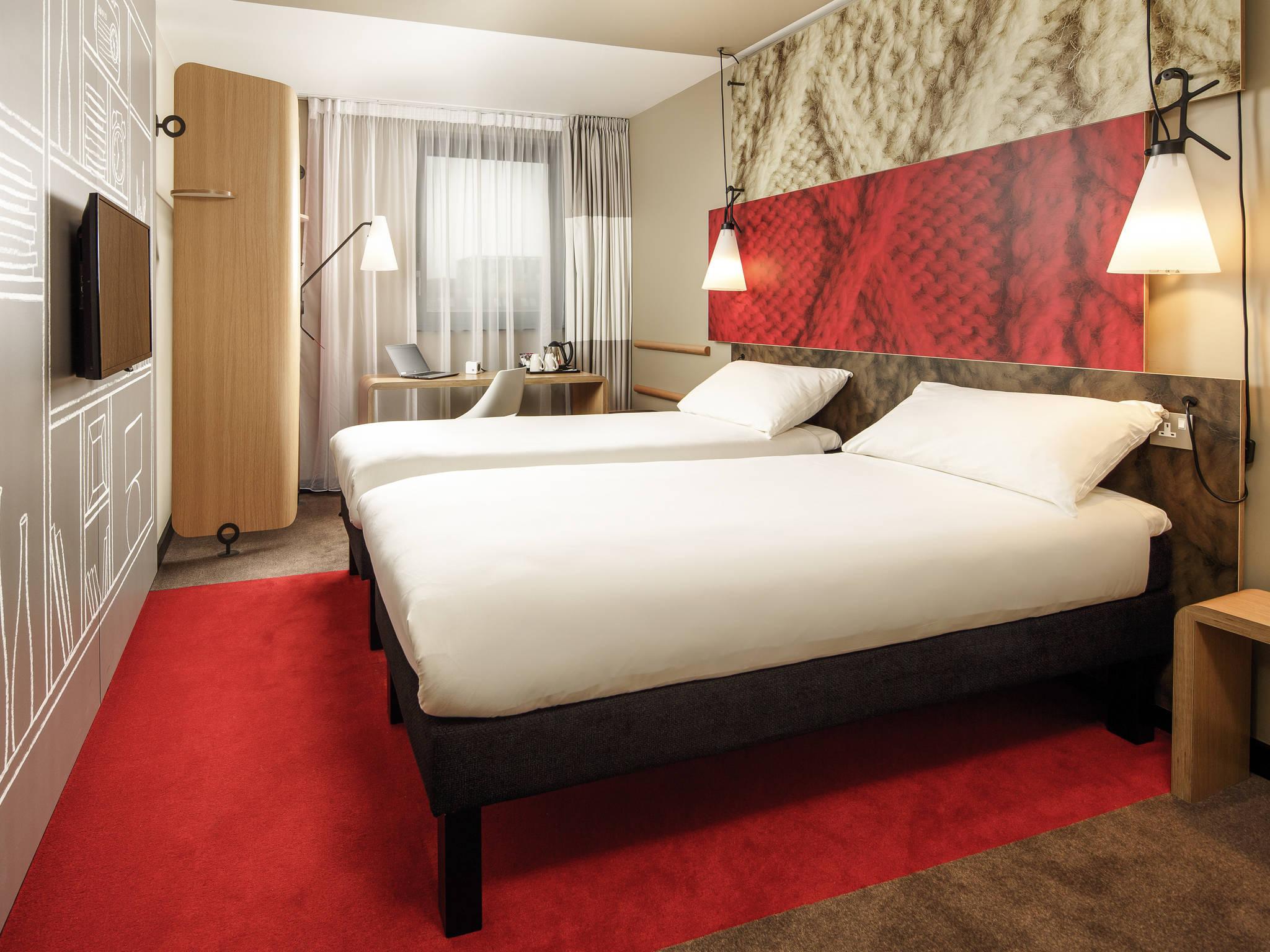 Hotel em londres ibis londres excel docklands for Hotel adagio londres