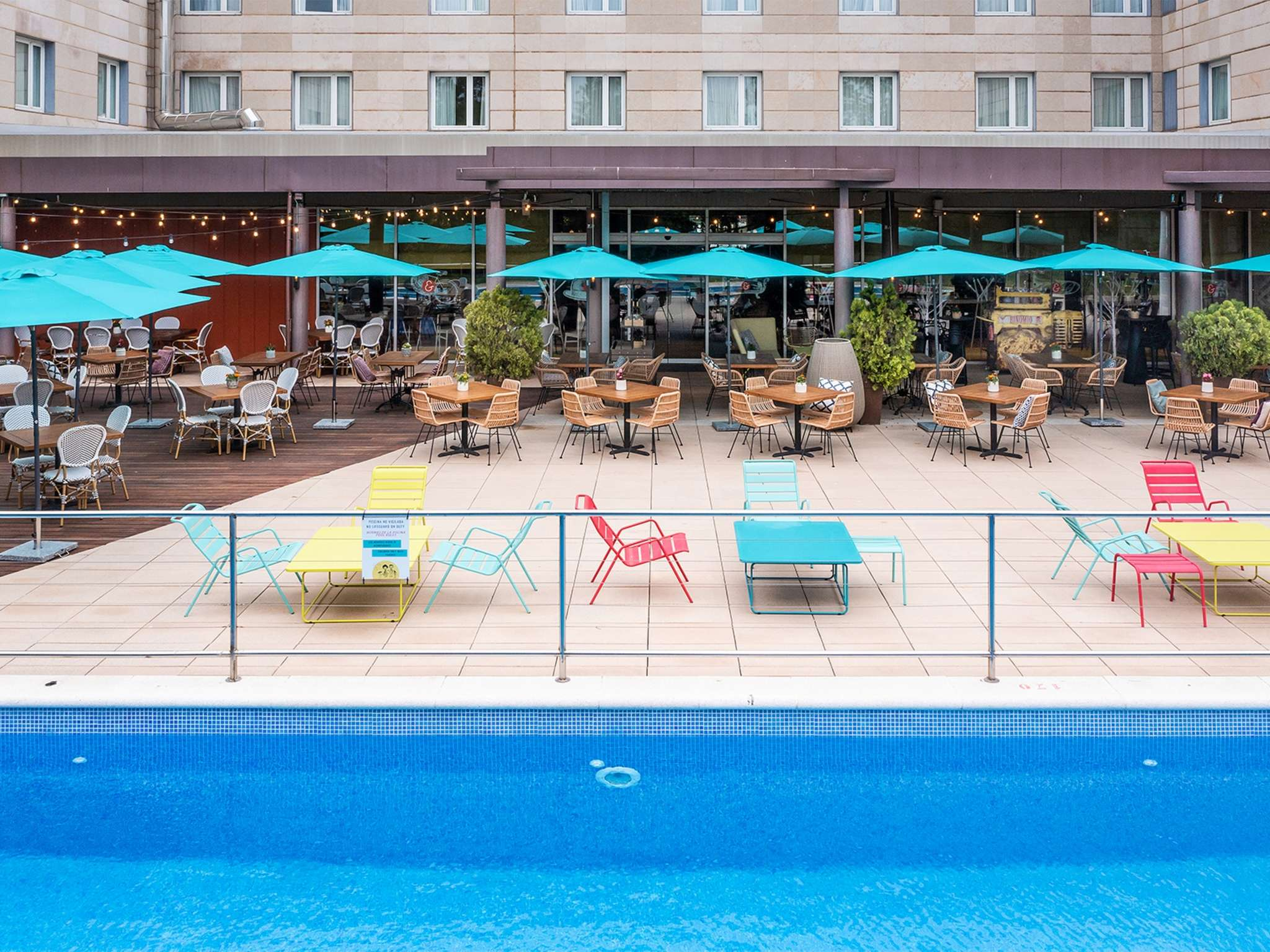 00ce5ad273 Book your 4* Novotel hotel in CORNELLÁ DE LLOBREGAT with pool
