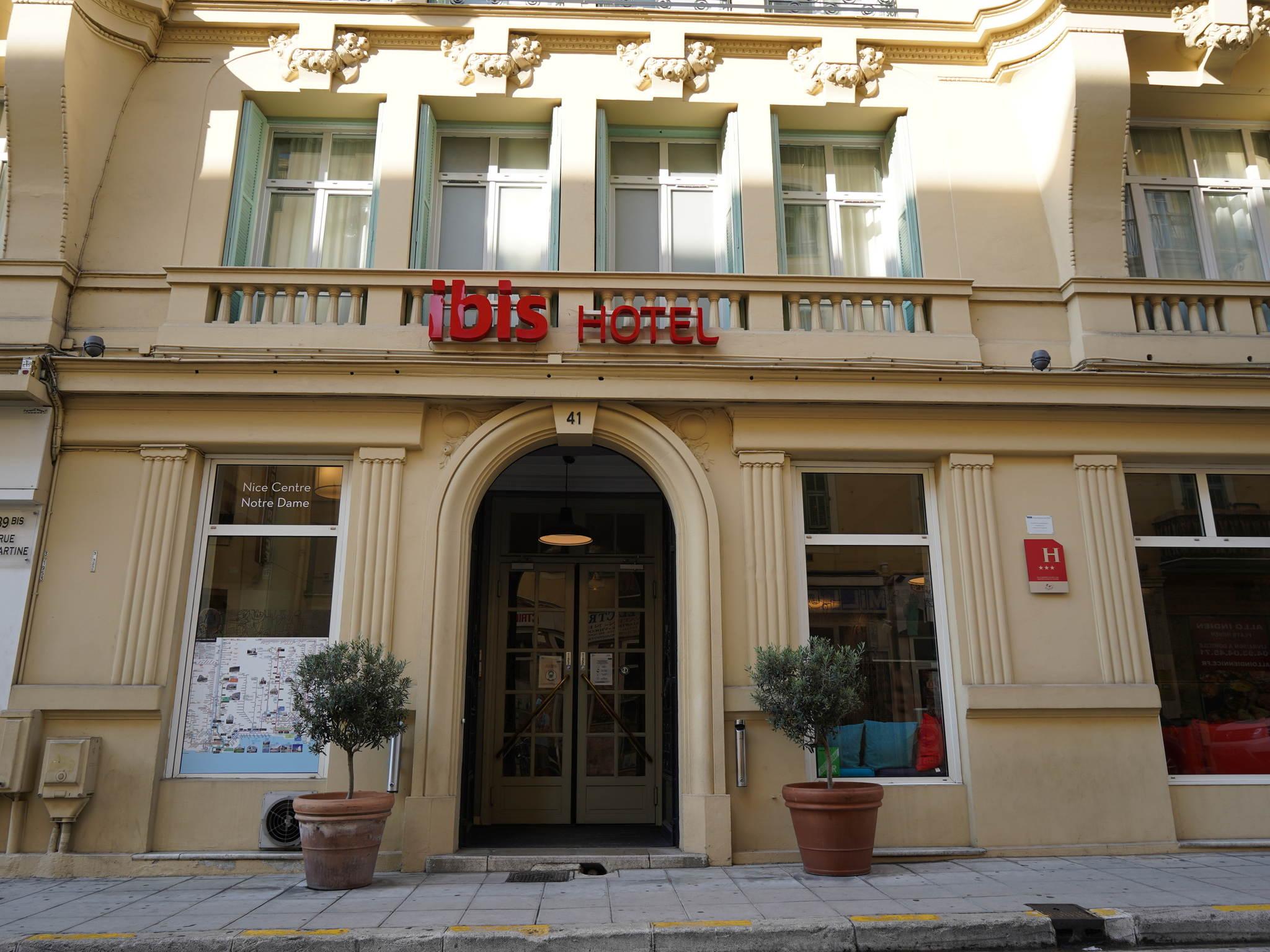 Отель — ibis Ницца Центр Нотр Дам