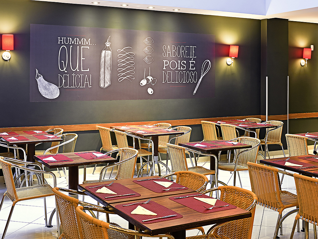restaurant IBIS KITCHEN RESTAURANTE