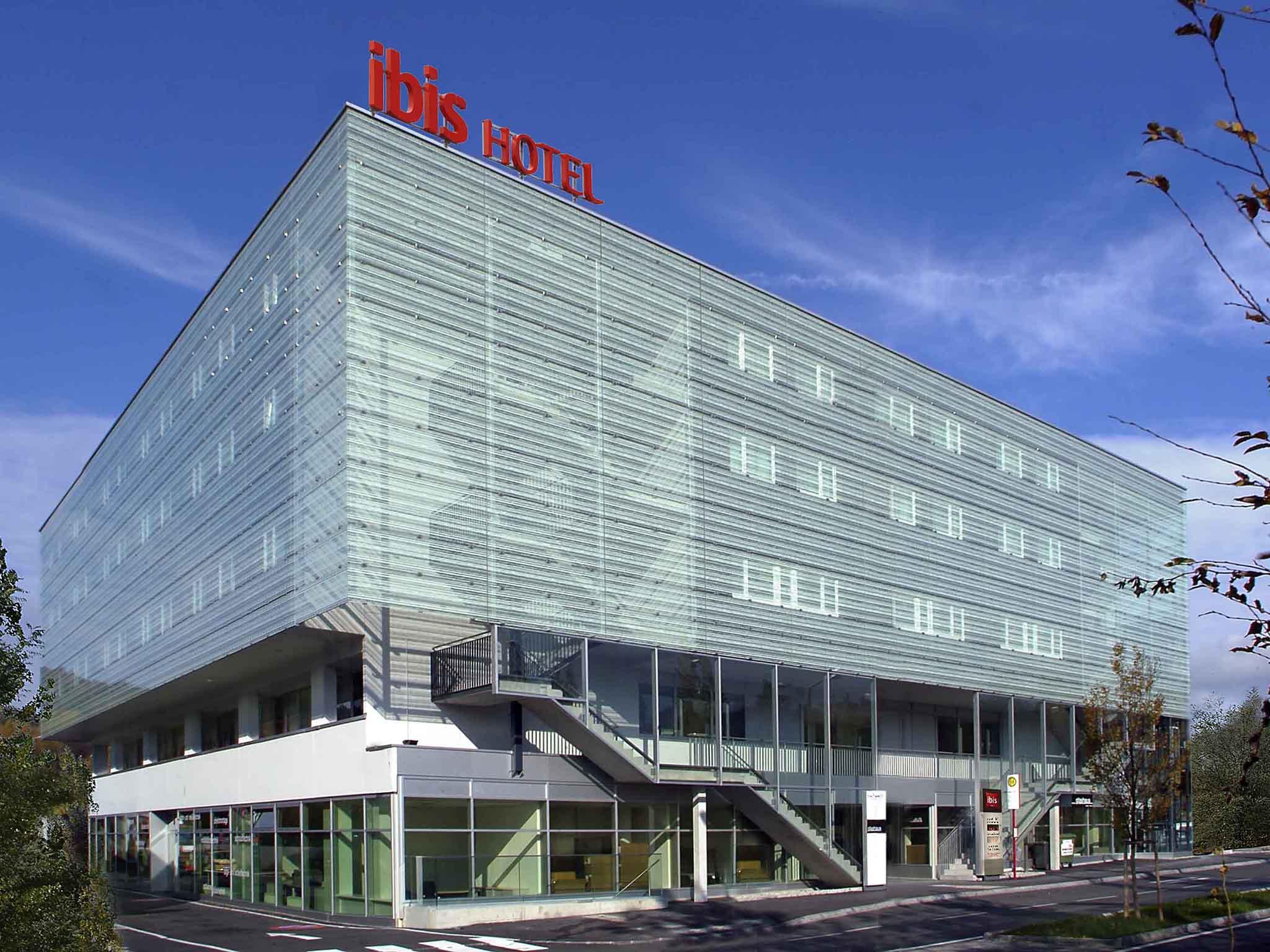 Hotell – ibis Salzburg Nord