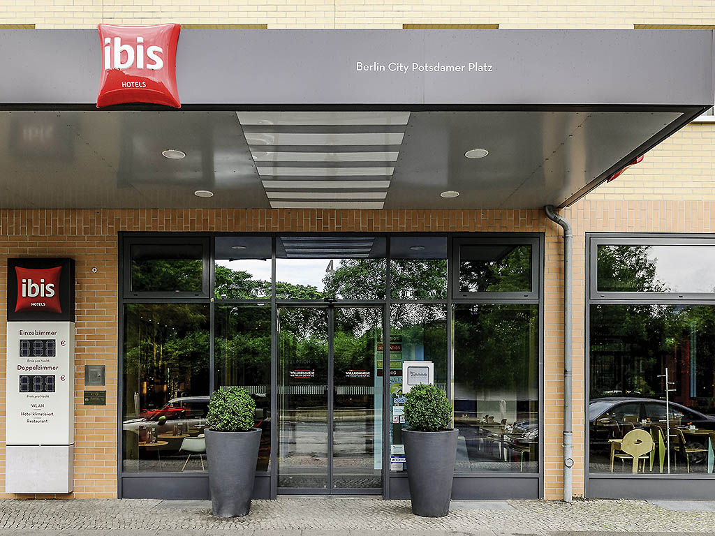 hotel ibis berlin city potsdamer platz book your hotel now. Black Bedroom Furniture Sets. Home Design Ideas