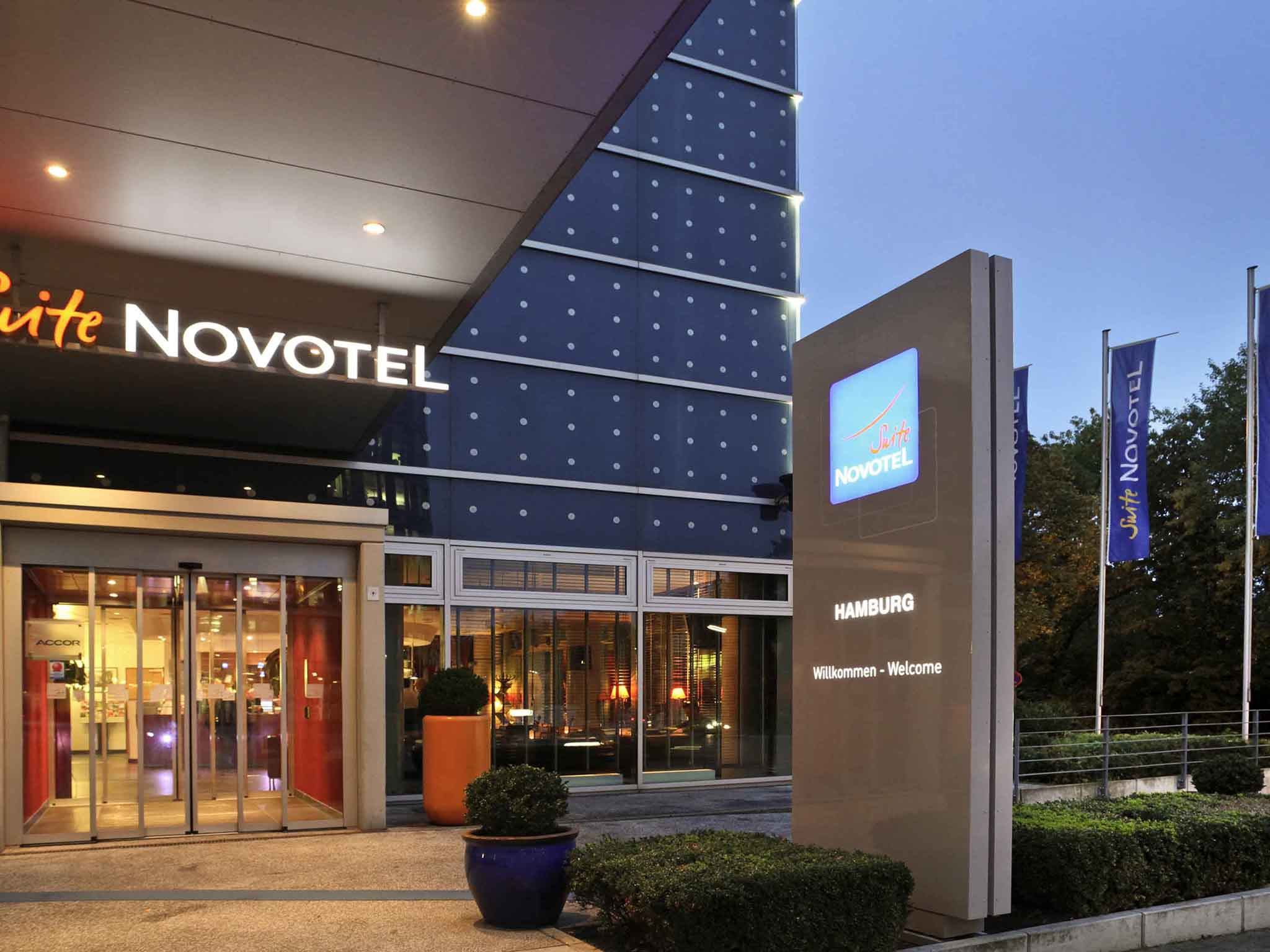 โรงแรม – Novotel Suites Hamburg City