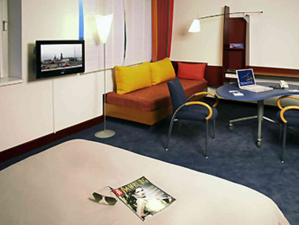 hotel novotel suites hamburg city. book now! free massages, Hause deko