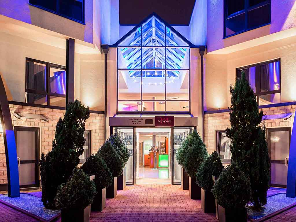 revier a la carte oberhausen restaurants by accorhotels. Black Bedroom Furniture Sets. Home Design Ideas