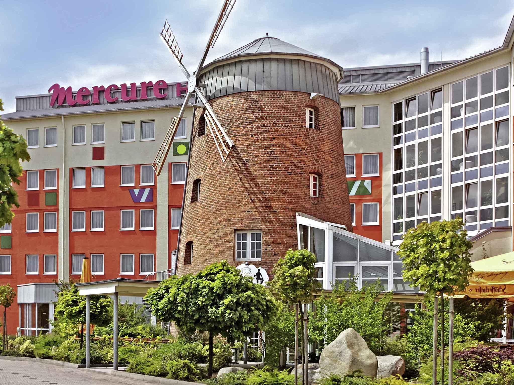 Отель — Mercure Hotel Halle Leipzig