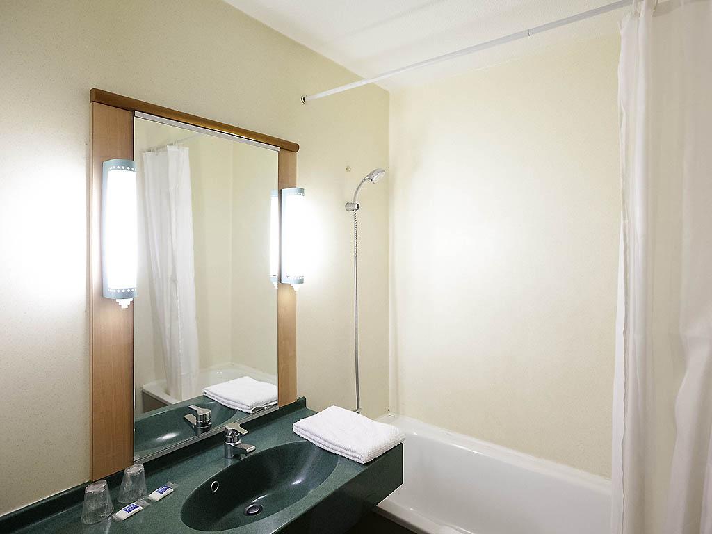 hotel pas cher saint christol lez ales ibis budget al s saint christol. Black Bedroom Furniture Sets. Home Design Ideas