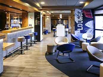 G nstiges hotel pontault combault ibis budget marne la for Garage de la francilienne pontault combault