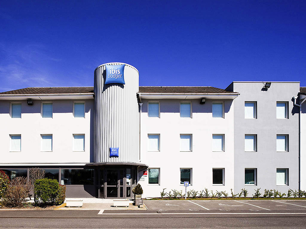 Ibis budget clermont ferrand nord riom r servation for Riom clermont ferrand