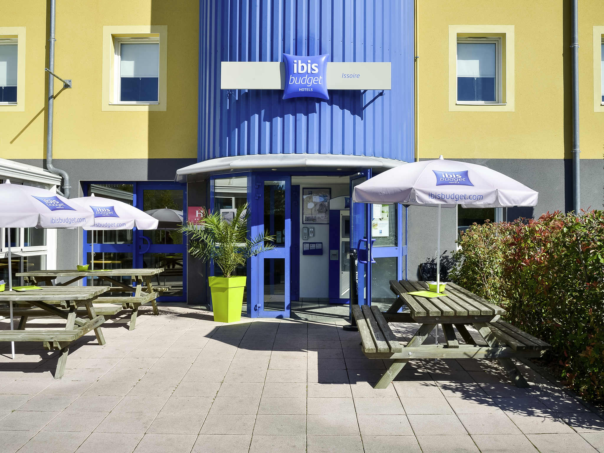 Отель — ibis budget Issoire