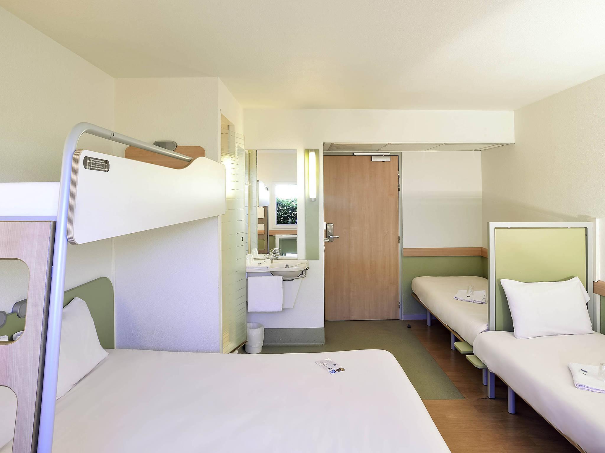 H tel issoire ibis budget issoire for Prix chambre hotel ibis