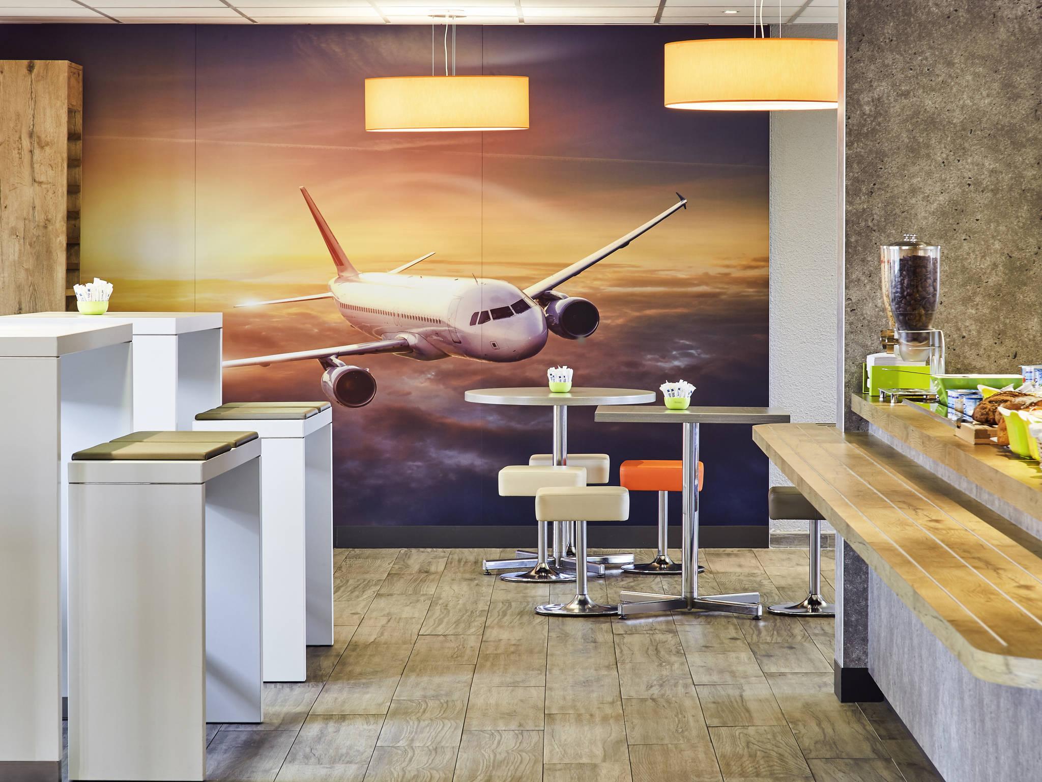 hotel in marignane ibis budget airport marseille provence. Black Bedroom Furniture Sets. Home Design Ideas