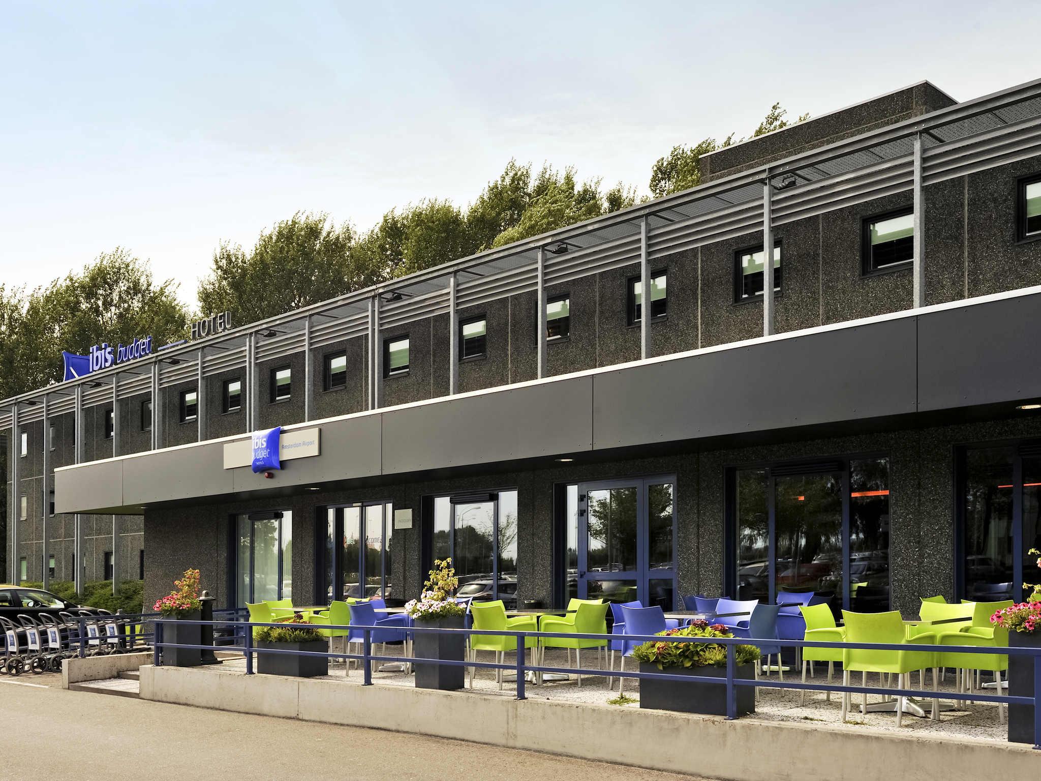 Cheap hotel amsterdam airport ibis budget near schiphol for Adagio amsterdam