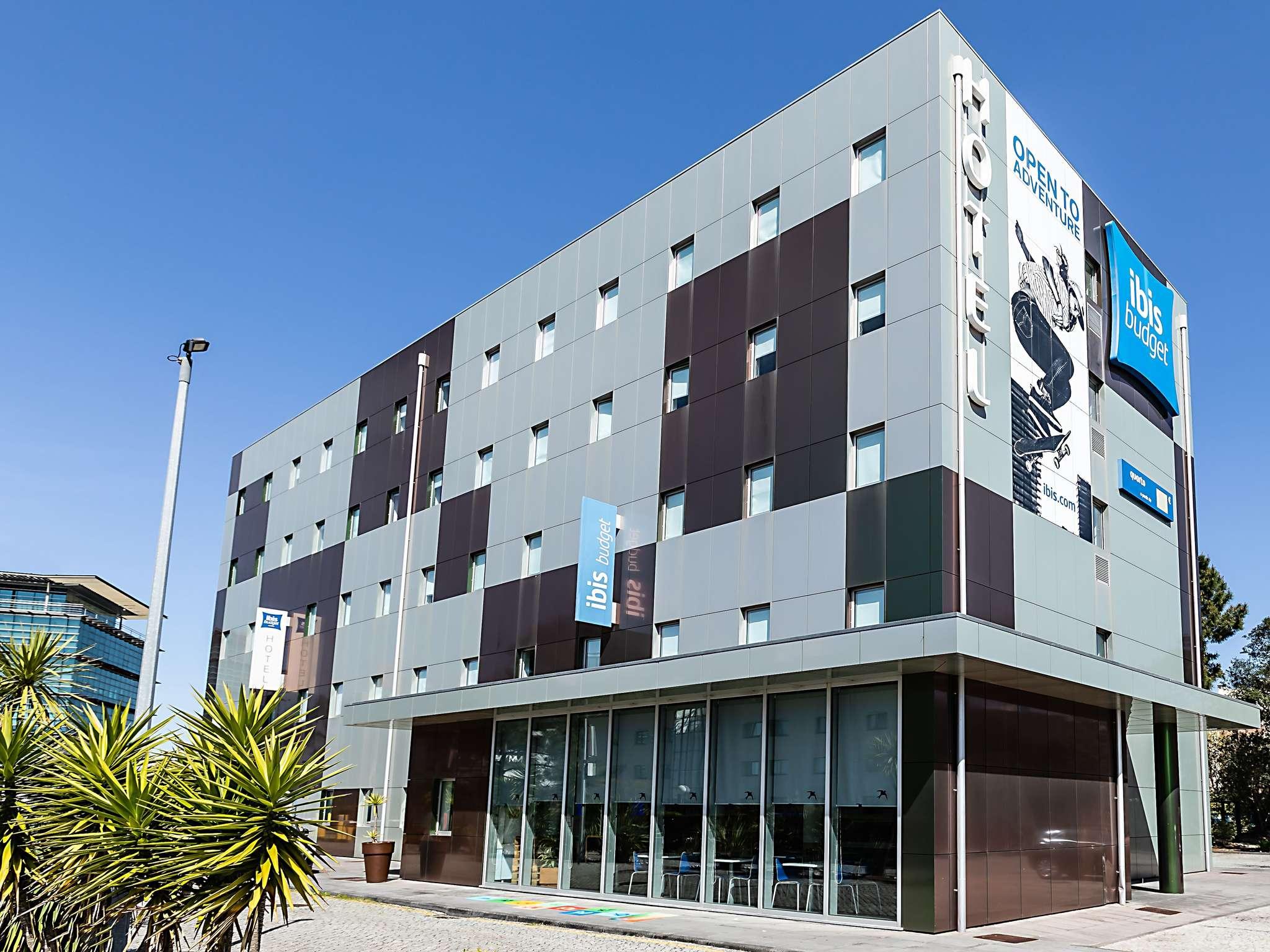 โรงแรม – ibis budget Porto Gaia