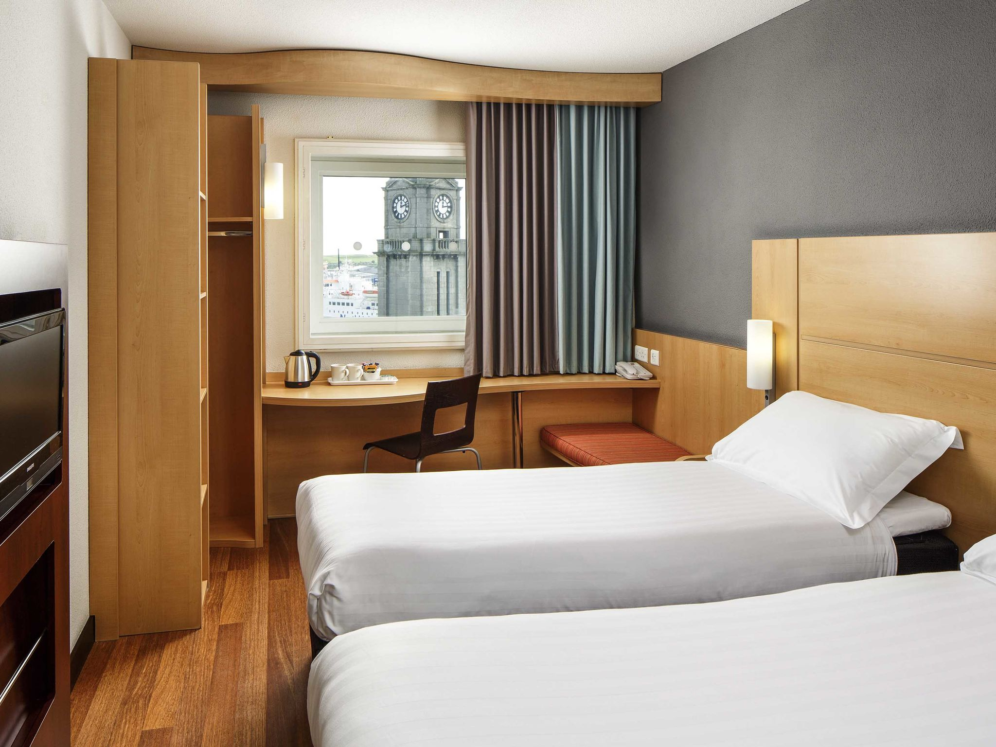 Ibis Aberdeen Centre | Well Equipped Hotel in Aberdeen