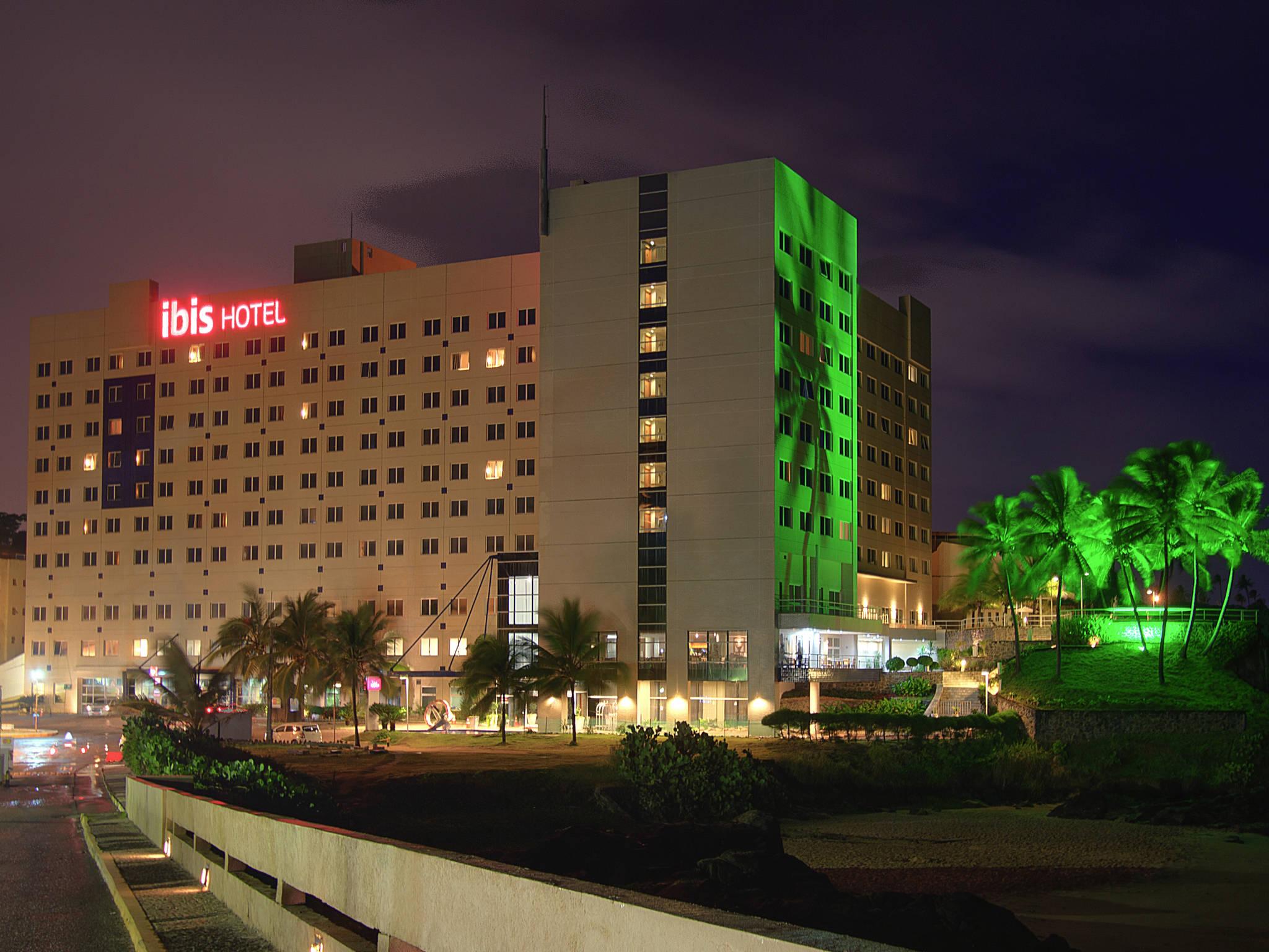 Отель — ibis Salvador Rio Vermelho